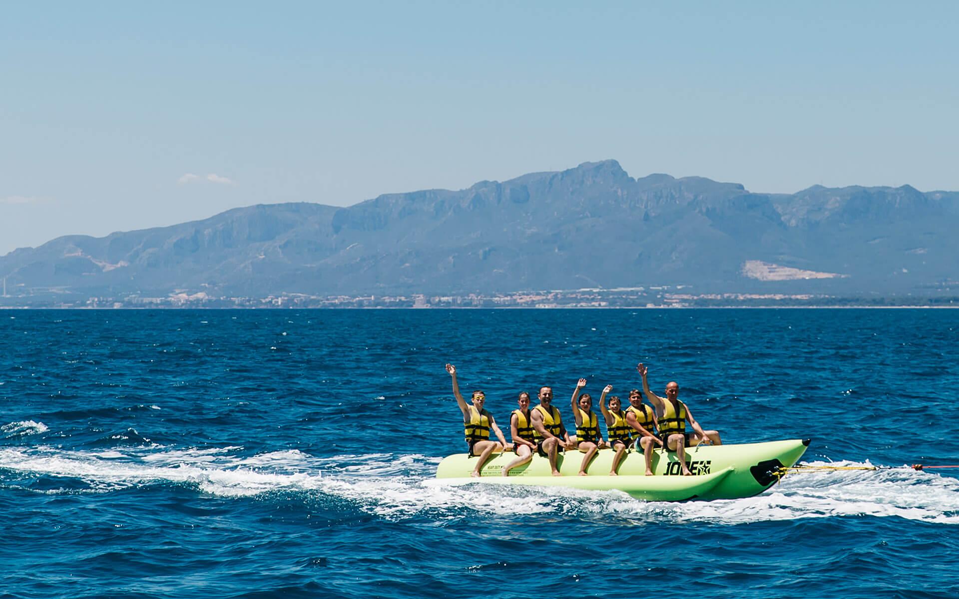 Banana Boat (Bus Ski)