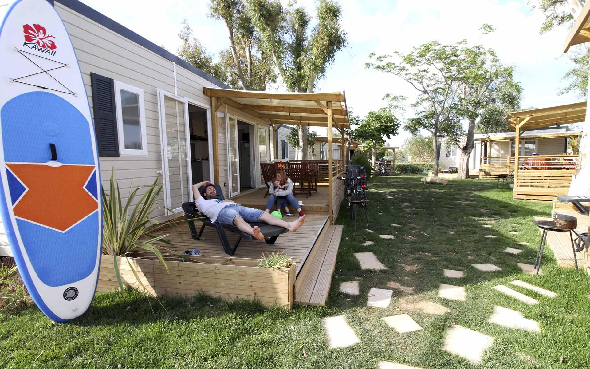 La Bahía del Fangar desde un bungalow