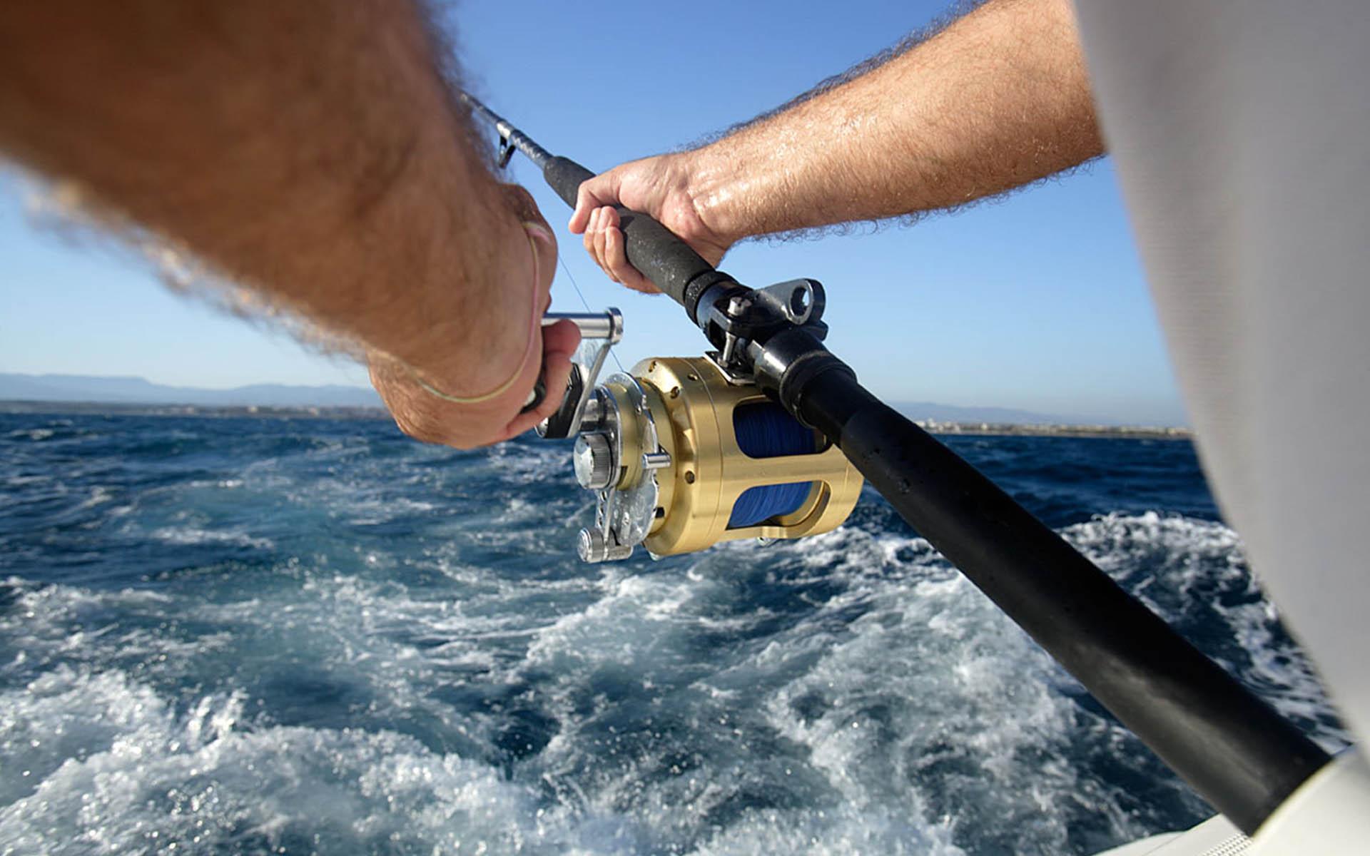 Pesca deportiva con alojamiento en Cambrils