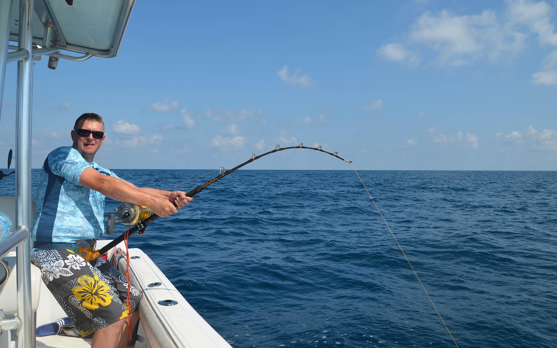 Pesca del atún con recogida en hotel