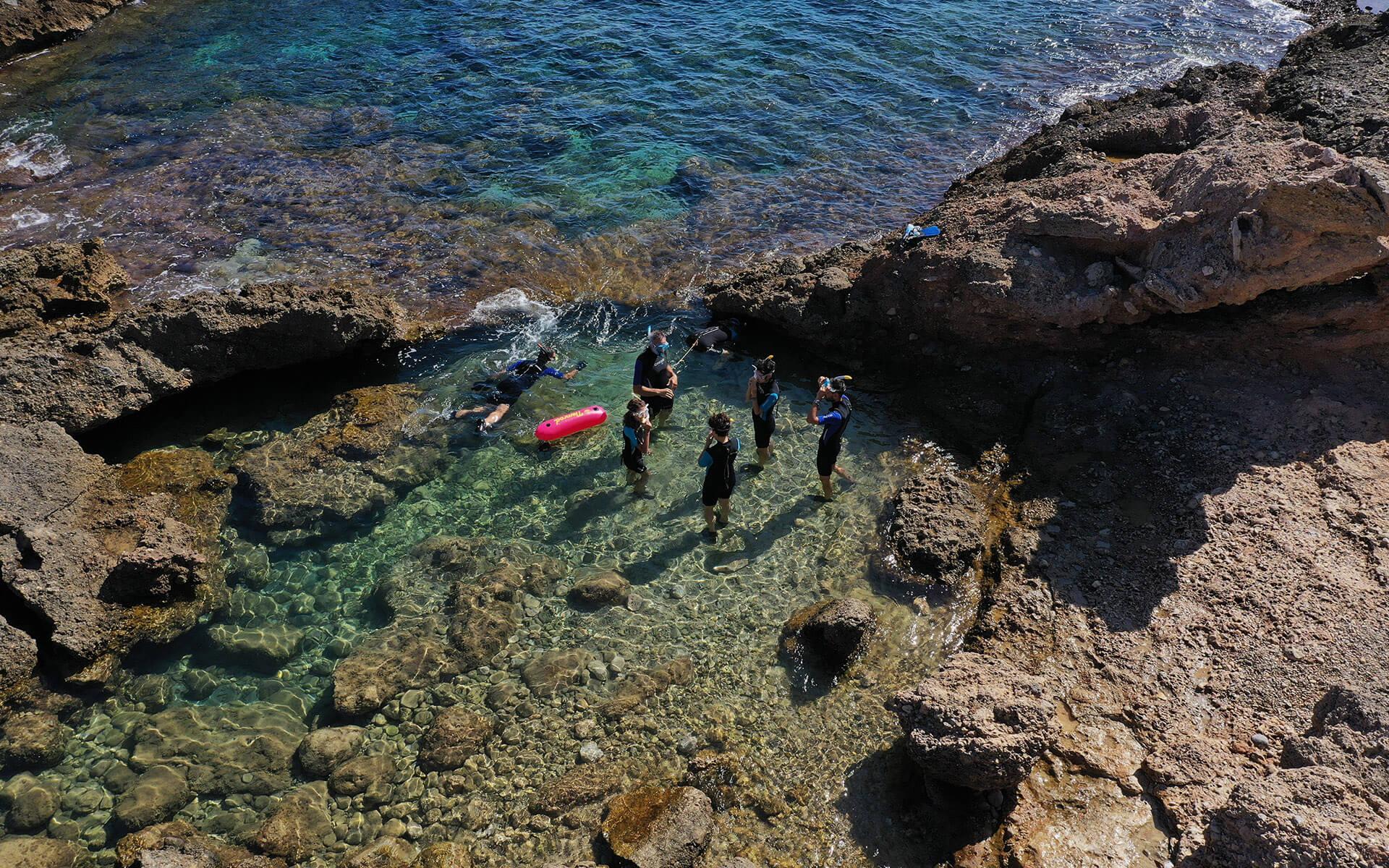 Ruta guiada de snorkel con oceanógrafas